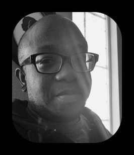 Ebony_BW_Black_Frame_2